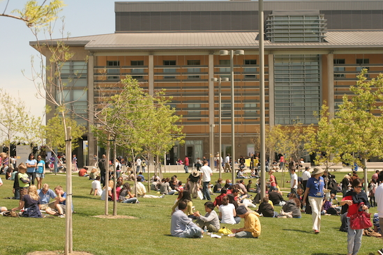 UC Merced quad with lots of students